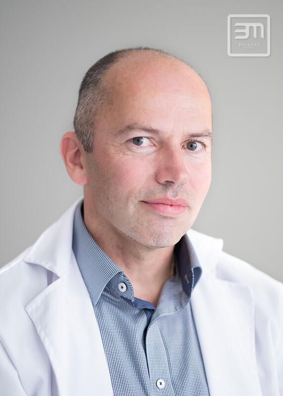 Szakembereink - Dr. Bakonyi Géza